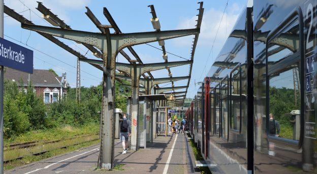 Dach des Bahnhofs Sterkrade